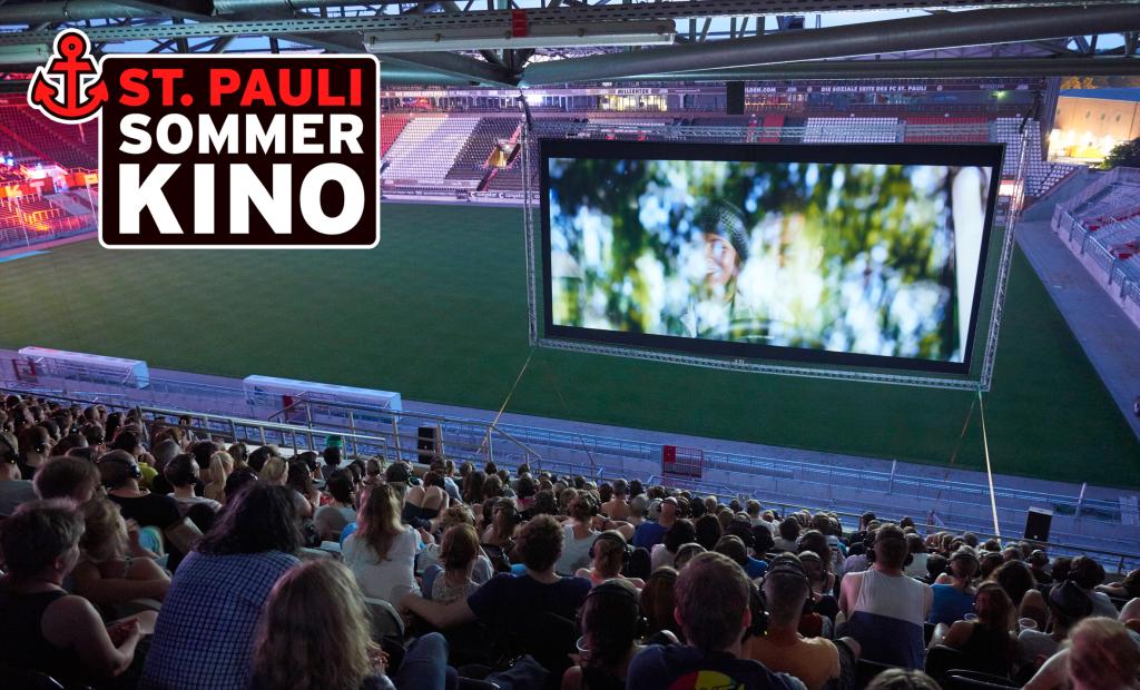 Juhu! Das St. Pauli Sommerkino ist wieder da! Schau' dir erstklassige Filme unter freiem Himmel in toller Stadionatmosphäre an! 😍