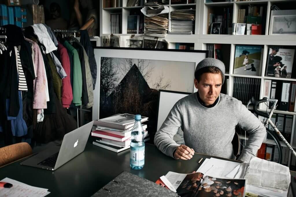 Im Salon der Fotografie präsentiert Andreas Mühe sein neues Buch anlässlich seiner Ausstellung!