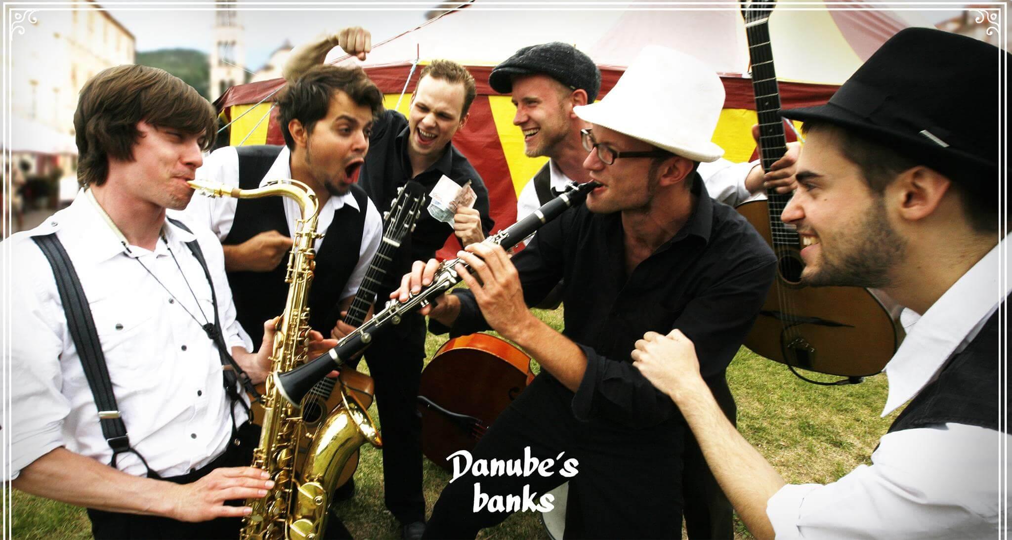 """Die Musik der Band """"Danube`s Banks"""" ist mitreißend & vielfältig!"""