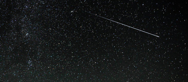 Heute Nacht trauen sich einige Sternschnuppen raus aus ihrem Versteck – los, wünsch dir was!