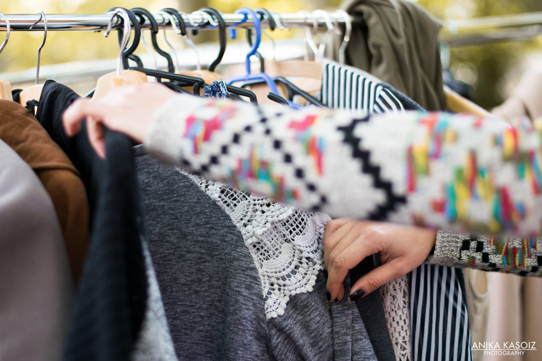 """Ein Shopping-Paradies für Frauen: Das ist der Mädelsflohmarkt """"Mädchen Klamotte""""!"""