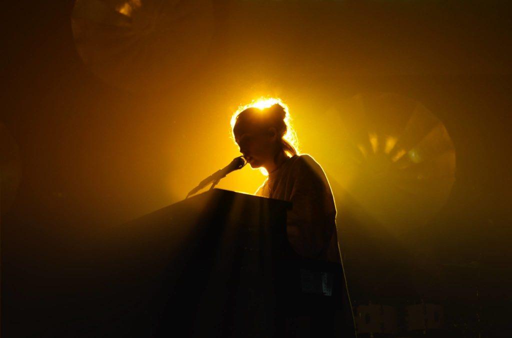 Alice Merton bringt eine tolle Live-Show auf die Bühne! Lass dich überraschen!