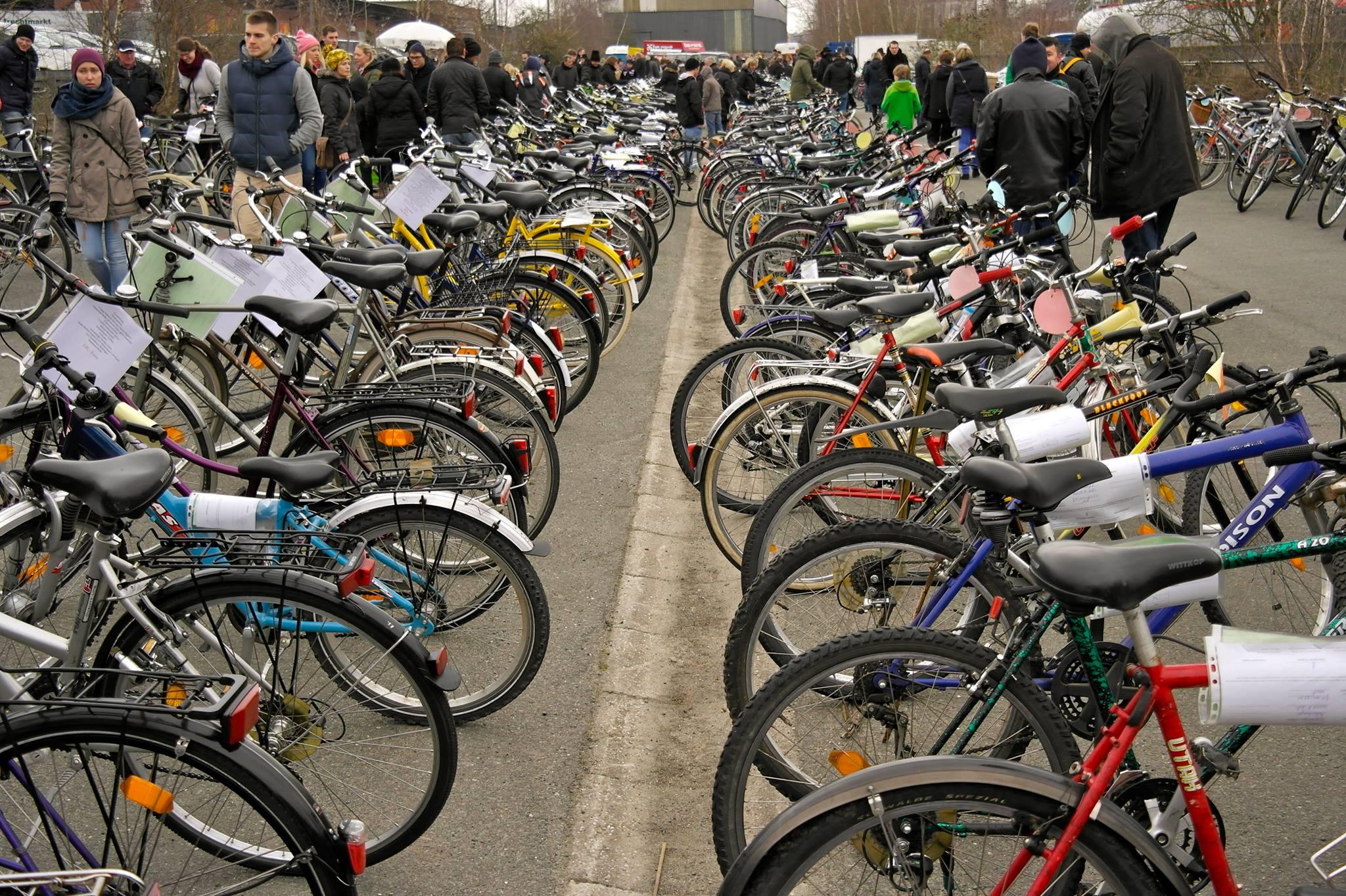 Neuer Drahtesel gefällig? Dann ab zum Fahrradmarkt auf dem Spielbudenplatz! 🚲