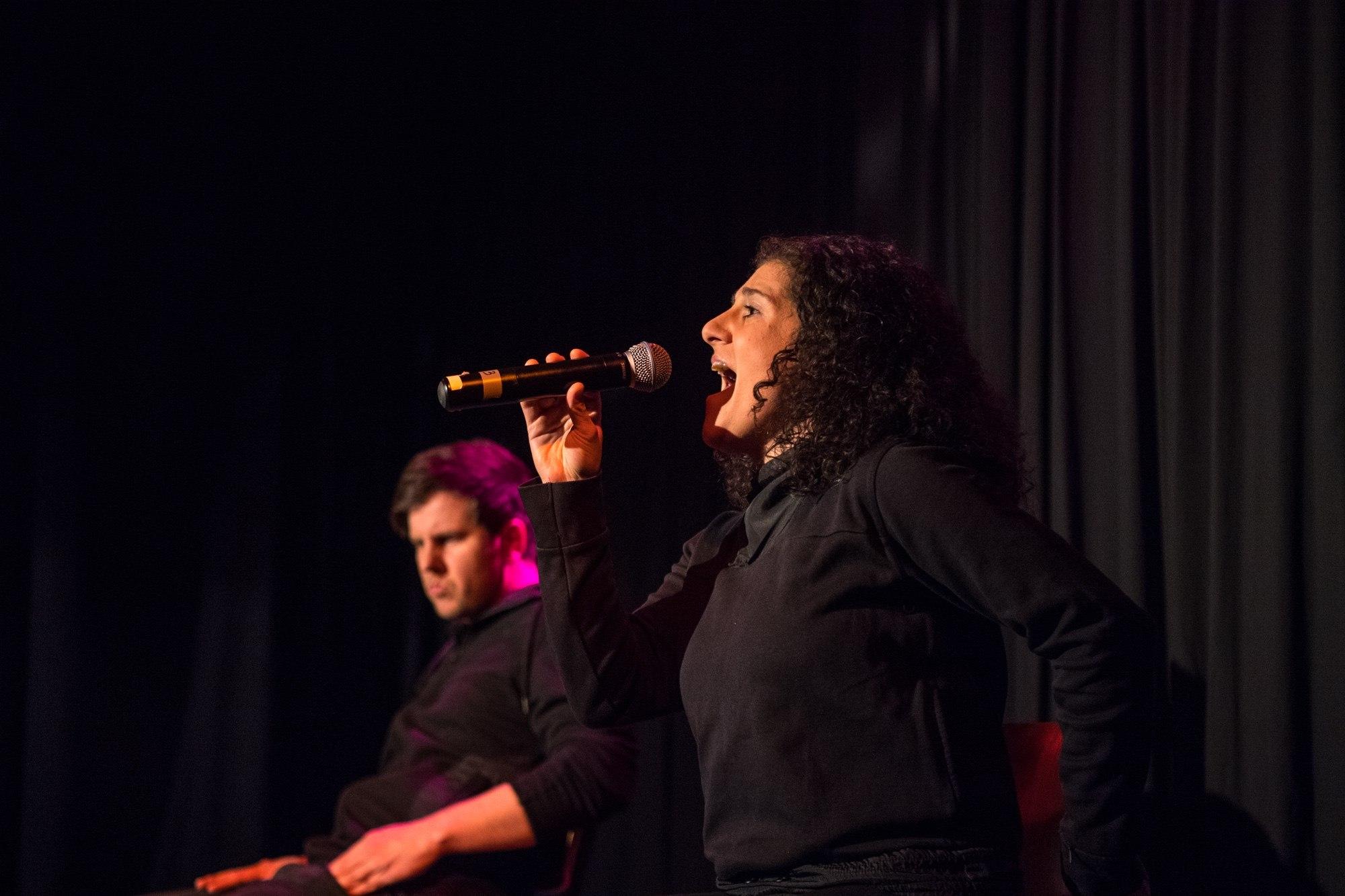 Ein Musical improvisieren? Das Duo von Luv & Lee machts möglich!