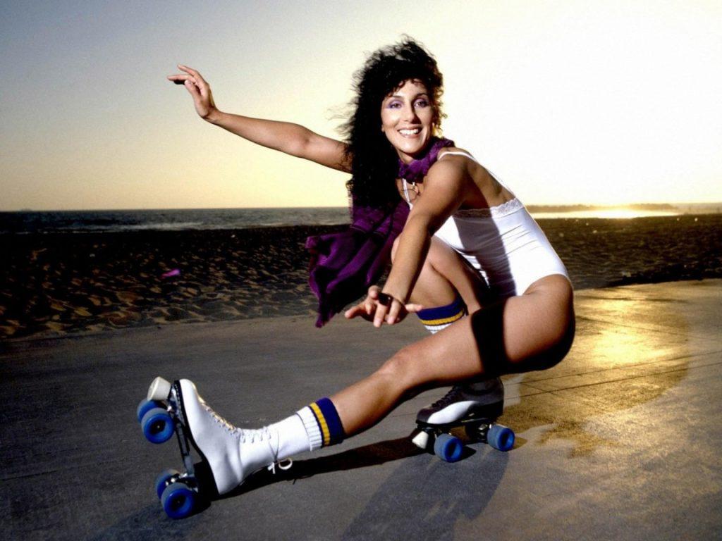 Schwing dich auf Rollschuhen durch die Nacht – Boogie, Funk & Disco inklusive!